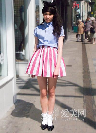 key:浅蓝色短袖衬衫 &粉白竖条纹 蓬蓬裙