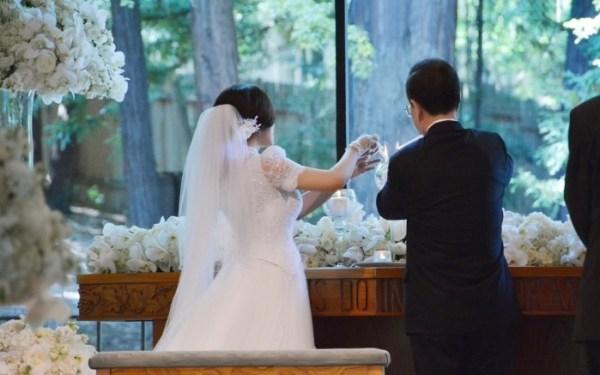 九周年结婚纪念日图片_刘晓庆与71岁政协委员结婚 女星再婚也更美 - 青岛新闻网