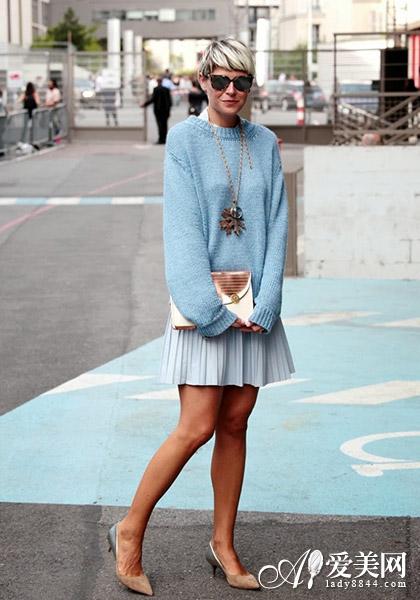 【欧美街拍毛衣配搭秘籍3】-欧美毛衣巧搭配 穿出时尚慵懒feel图片