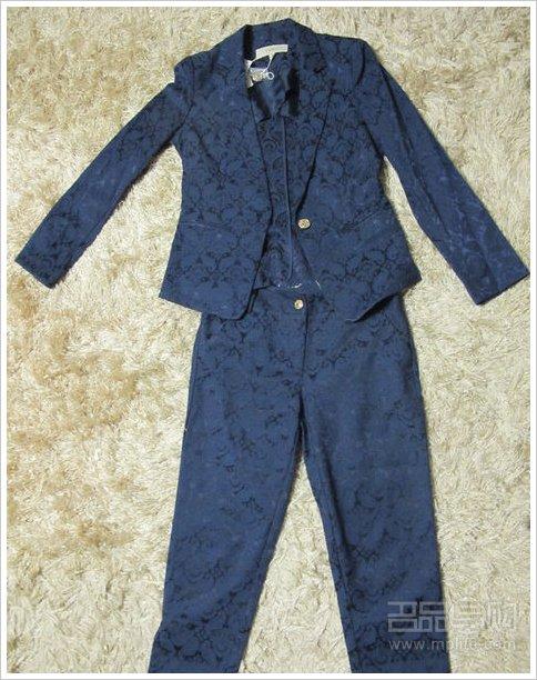 网购 半年 冬衣 产物 it 十里堡/betu的暗花小西服一套~~~一个月前购于十里堡华堂,打4折的,...
