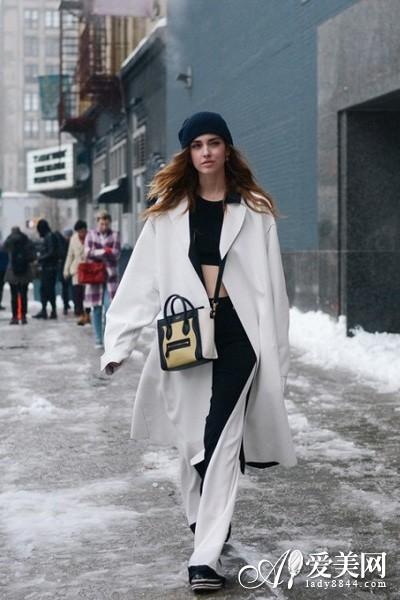 型格风衣搭配 欧美街拍达人百变演绎图片