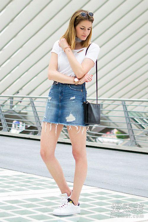 青岛女生光头牛仔裙街拍夏天这样穿出彩半身姑娘图片图片