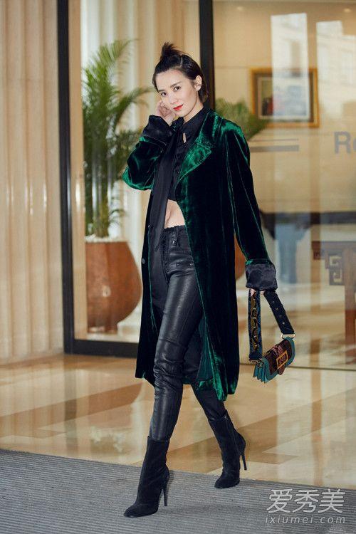 时尚界劳模!小宋佳私服搭配美得冒泡 小宋佳街拍图片